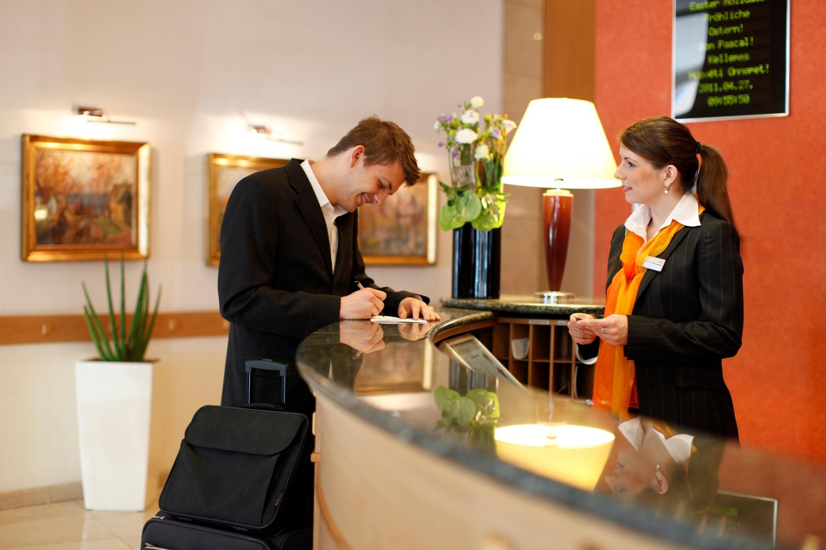 Condizionamento temporaneo per la reception di un hotel