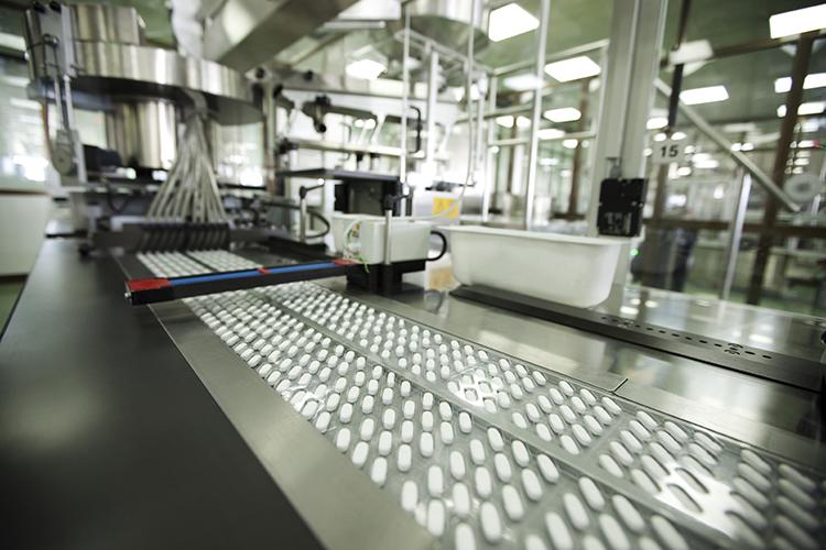 Climatizzazione della linea di produzione in un'azienda farmaceutica