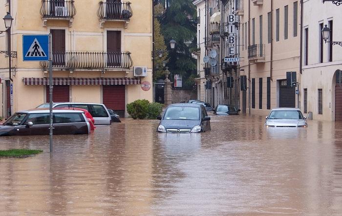 Soluzione di deumidificazione per il ripristino post-alluvione