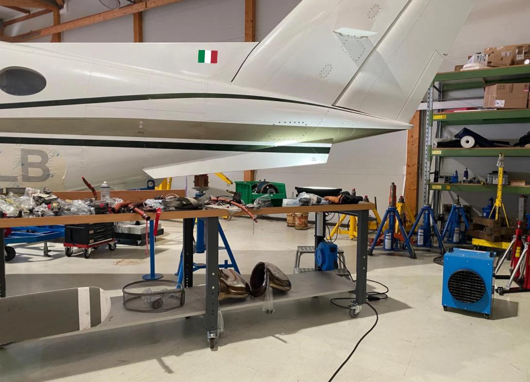 Noleggio riscaldatori elettrici per un hangar di manutenzione di aerei