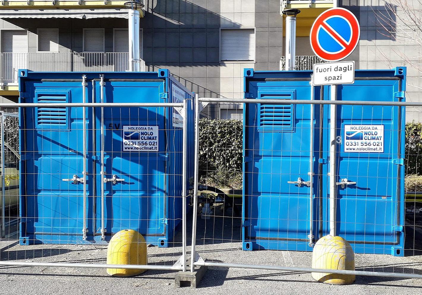 Caldaie forniscono acqua calda sanitaria e riscaldamento a due condomini