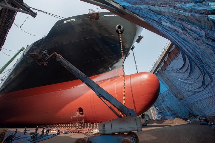 Deumidificatori KT2200 assistono nella ristrutturazione di una nave