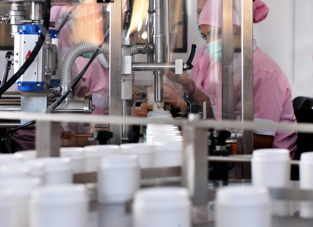 Soluzione di raffreddamento su misura per la produzione di cosmetici